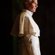 4_The_Pope-178-Anton_Lesser-photo_by_Manuel_Harlan
